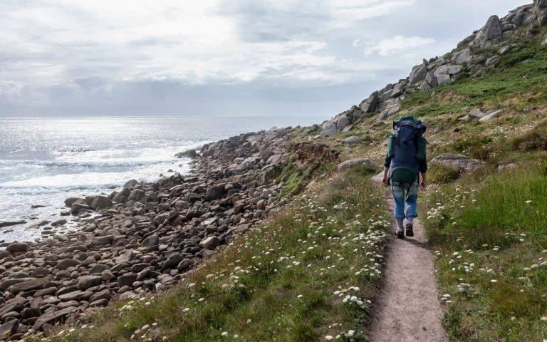 cornwall-peninsula-person-walking_compressed