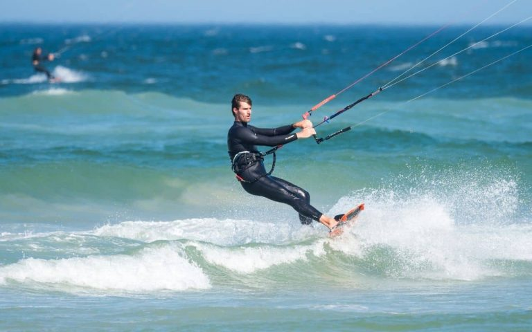 How to Choose a Wetsuit For Kiteboarding