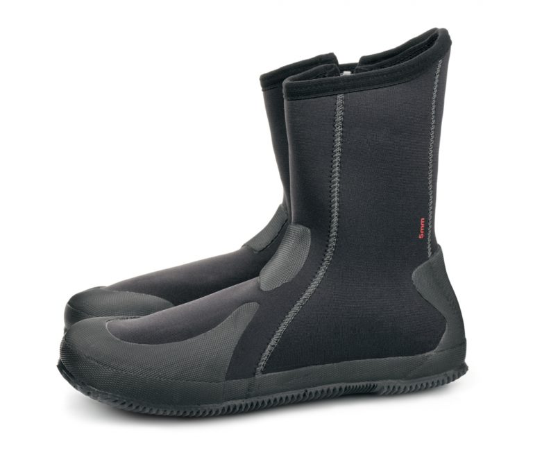 How Tight Should Wetsuit Boots Be?