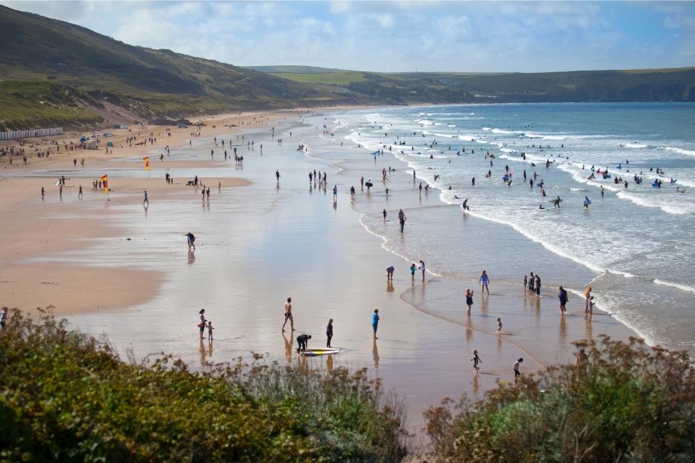 Surf seasons in Devon