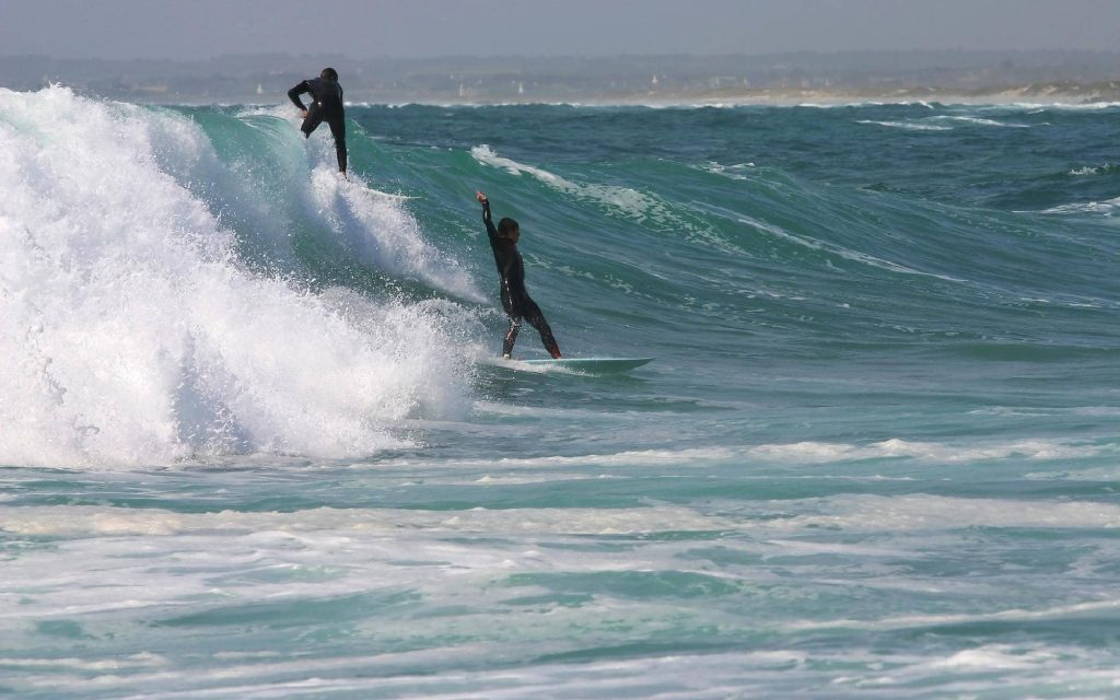 is surfing good exercise