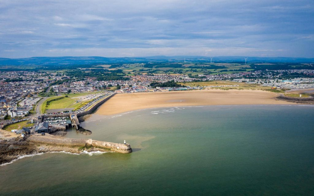 surfing-accommodation-in-porthcawl