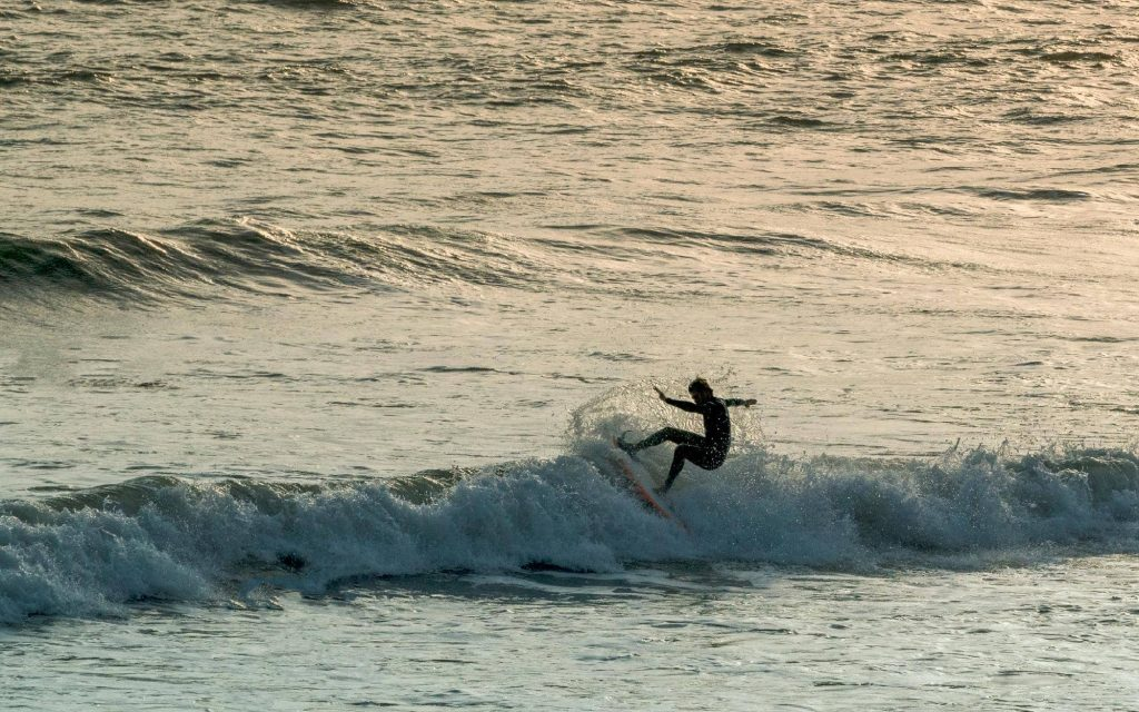 best-surfing-beaches-in-porthcawl_porthcawl-point
