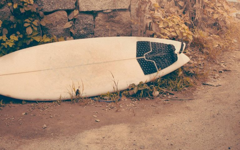 What Are The Different Types Of Surfboard Tails?
