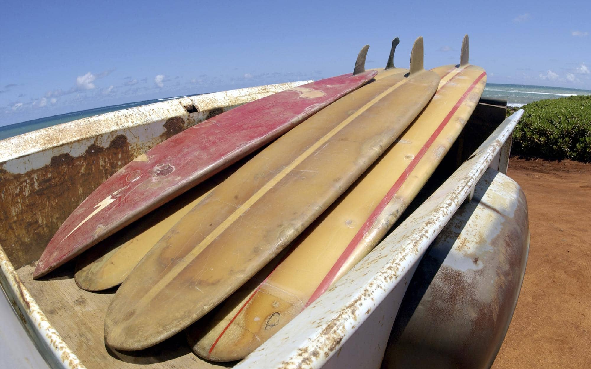 why-do-surfboards-go-yellow